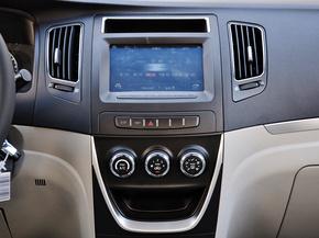 吉利汽车  1.5L 手动 中控仪表台总特写