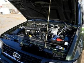 猎豹汽车  2.4L 手动 发动机主体特写