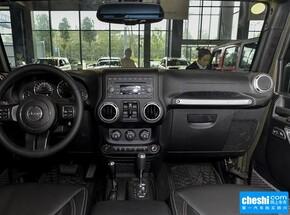 Jeep  3.0L 自动 中控台整体
