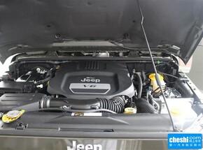 Jeep  3.0L 自动 发动机局部特写