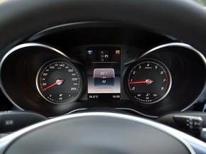 北京奔驰  C 200 仪表盘
