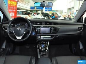 广汽丰田  雷凌 双擎1.8H GS CVT精英版 中控台整体