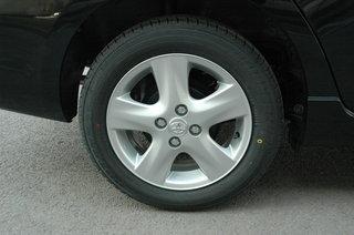 丰田 威驰 2008款 轮胎轮毂
