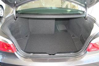 宝马 5系 加长版 后备厢整体