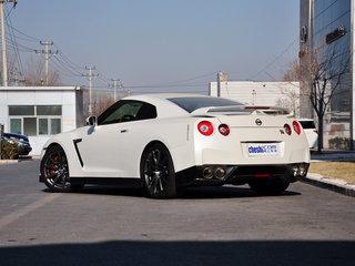 日产GT-R外观