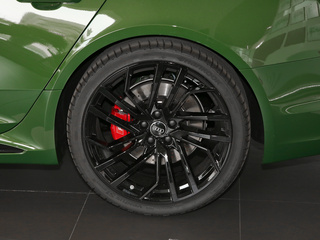 奥迪RS4图片