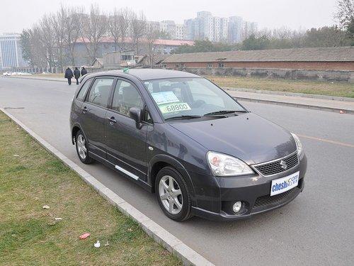 昌河铃木  利亚纳A+ 1.4 MT 车辆右侧45度角