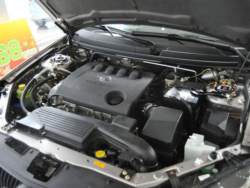 海马汽车  福美来三代 1.6 MT 发动机主体特写