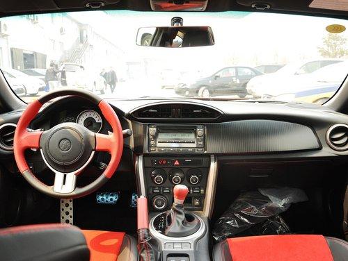 丰田(进口)  2.0L 自动 中控台整体