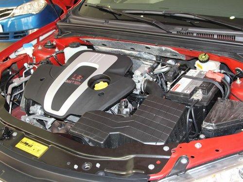 荣威 550s 1.8 mt 发动机主体特写高清图片