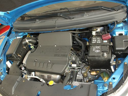 吉利英伦  英伦SC5-RV 1.5L MT 发动机主体特写