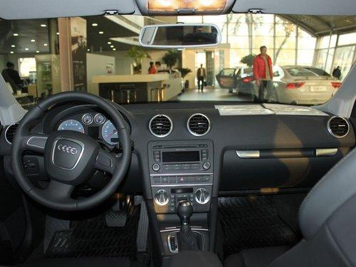 奥迪(进口)  A3 Sportback 1.4T 中控台整体