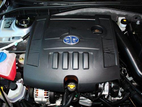 一汽奔腾  奔腾B50 1.6L MT 发动机主体特写