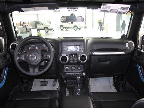Jeep  3.6L 中控台整体