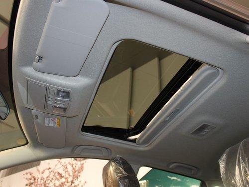 长安马自达  星骋两厢 1.6 AT 车顶内部特写
