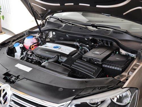 一汽-大众  迈腾 1.8TSI DSG 发动机主体特写