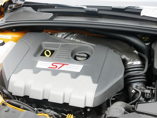 福特(进口)  ST 2.0T 手动 发动机主体特写
