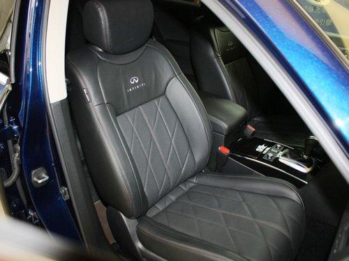 英菲尼迪 fx37 3.7l 副驾驶席座椅45度特写高清图片