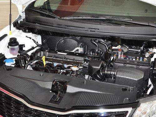 东风悦达起亚  三厢 1.4L 手动 发动机主体特写