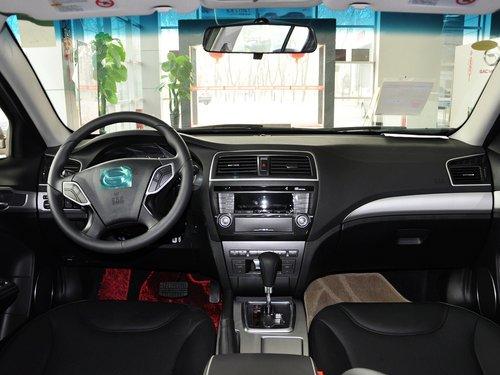 广汽  2.0L 自动 中控台整体