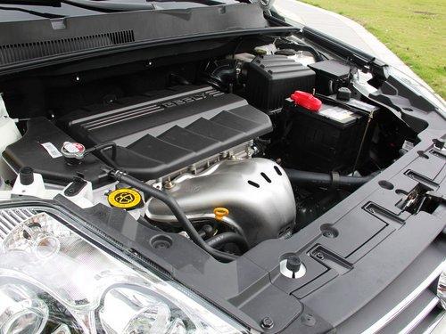 吉利全球鹰  2.4L 自动 发动机主体特写