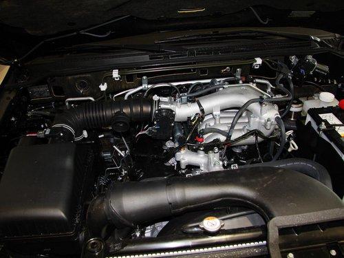 帕杰罗搭载了3.0升v6发动机,其最大输出功率为120kw/5000高清图片