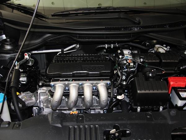 广汽本田  1.5L 手动 发动机主体特写