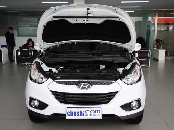 北京现代  2.0L 自动 车辆发动机舱整体