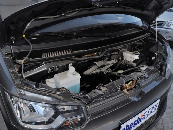 一汽吉林  V80 1.3L 手动 发动机主体特写