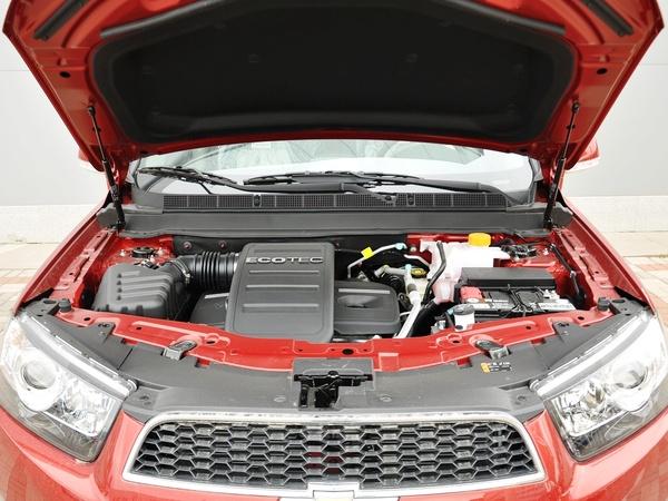 雪佛兰  2.4L 自动 发动机局部特写