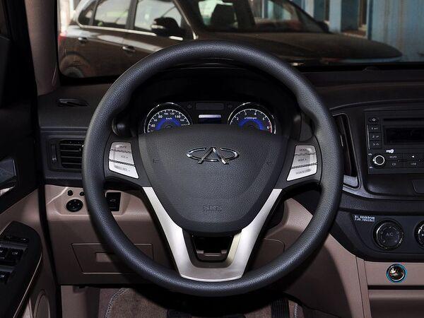 奇瑞汽车  1.5 手动 方向盘整体