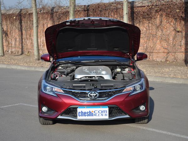 一汽丰田  2.5V 自动 车辆发动机舱整体