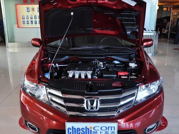 广汽本田  风尚 1.5L 自动 发动机局部特写