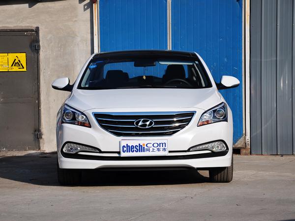 北京现代  1.8L 自动 车头正面视角