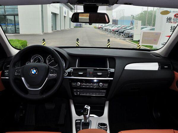 宝马(进口)  xDrive28i 中控台整体