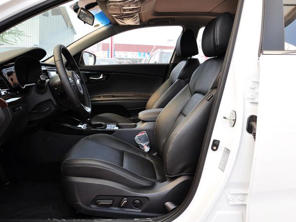 东风悦达起亚  1.8L 自动 驾驶席座椅正视图