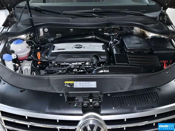 一汽-大众  2.0TSI 发动机标识