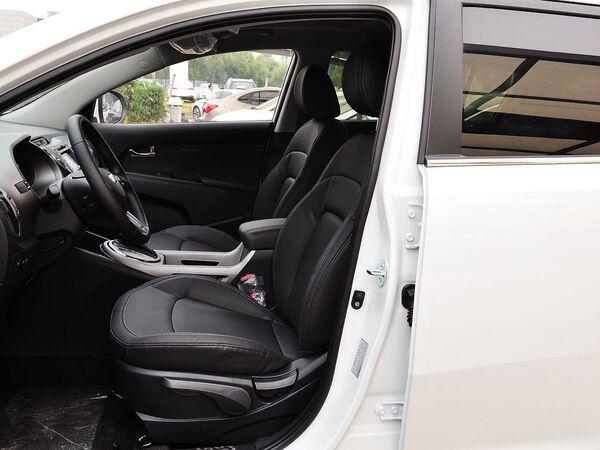 东风悦达起亚  2.0L 自动 驾驶席座椅正视图