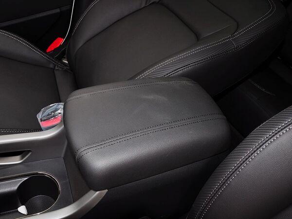 东风悦达起亚  2.0L 自动 前排座椅中央中间