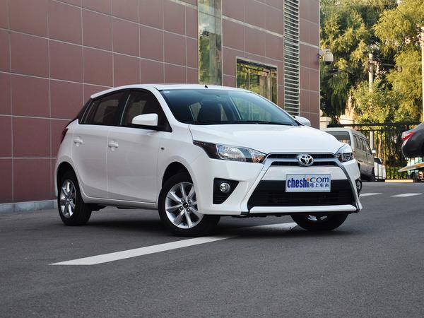 广汽丰田  1.5G 自动 车辆右侧45度角