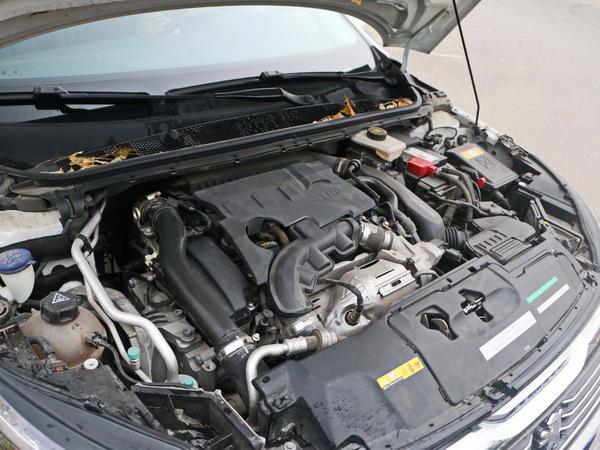东风标致  1.6T 自动 发动机