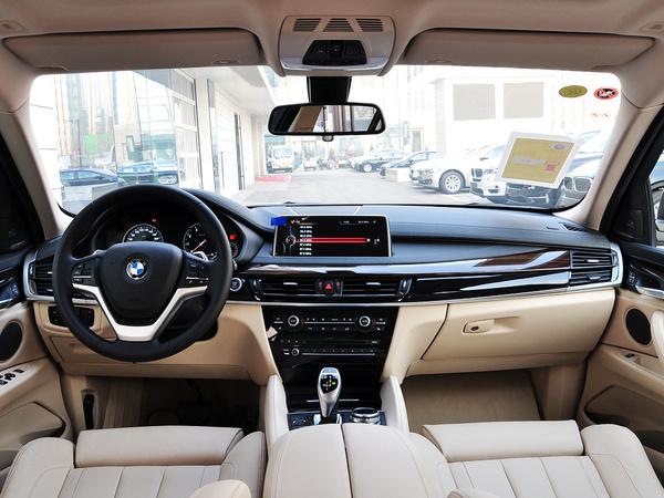 宝马(进口)  xDrive35i 中控台整体