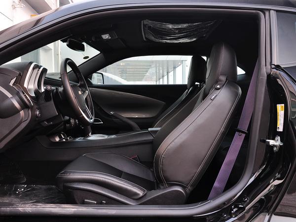雪佛兰(进口)  3.6L 驾驶席座椅正视图