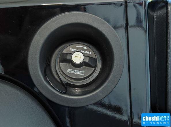 Jeep  3.6L 自动 燃油标识