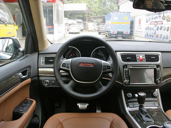 哈弗汽车  2.0T 自动 方向盘