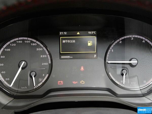 观致  两厢 1.6T 自动 方向盘后方仪表盘