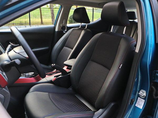 东风日产  1.6L CVT 前排座椅