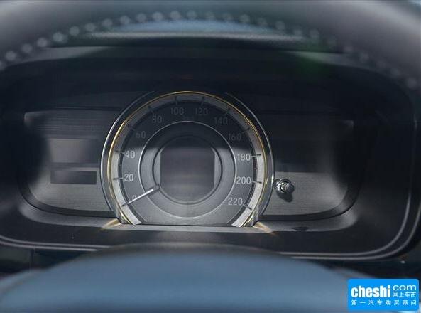 东风本田  2.4L 方向盘后方仪表盘