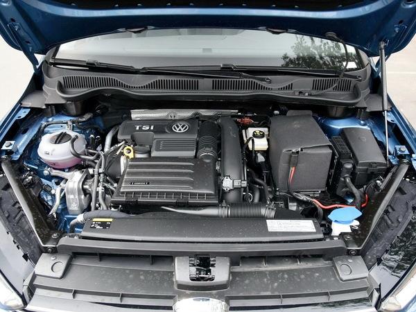 一汽-大众  280TSI 发动机舱