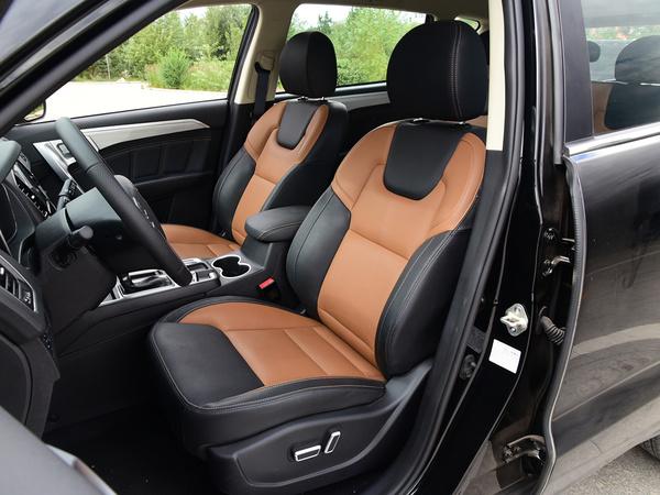 吉利汽车  1.3T 前排座椅